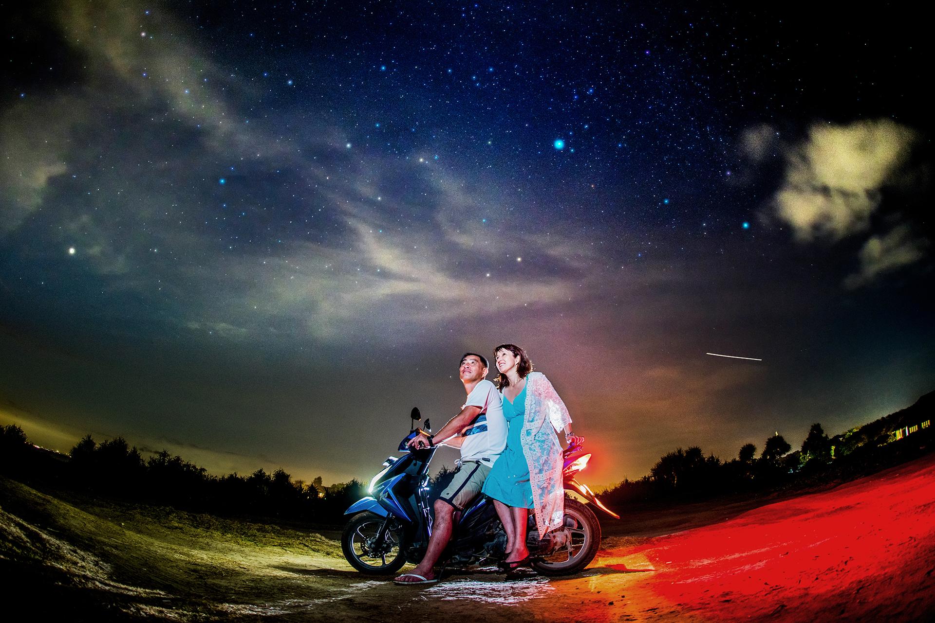 バイクに乗って星空を見に行こう